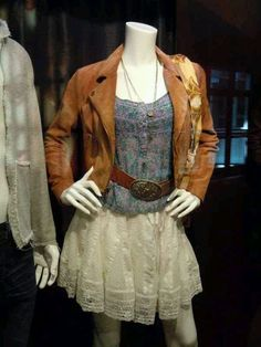 Ariel Moore from Footloose 2011 — inspired outfit. Country Girls Outfits, Girl Outfits, Cute Outfits, Movie Outfits, Teenager Outfits, Pretty Outfits, Footloose 2011, Footloose Musical, Ariel Footloose