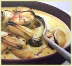 Moules au safran, Mussels in a Saffron Cream Sauce? Yes please or sub scallops