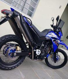 R15 Yamaha, Off Road Bikes, Honda Cb750, Honda Fit, Sportbikes, Motorcycle Style, Motocross, Cars And Motorcycles, Motorbikes