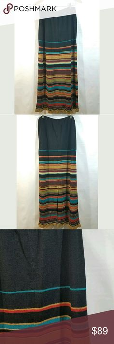 Double D Ranch Skirt Medium Maxi Long Line Double D Ranch Skirt Women's Medium Maxi Long Linen Blend Stripes Slit Black  Excellent used condition.  No holes or stains. Could use a slip under this.  Waist stretches to 40 plus inches.  44 inch hips.  42.5 inches long.   LB Double D Ranch Skirts Maxi