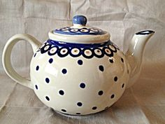 BLUE SPOTTED TEAPOT.