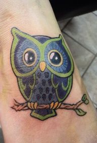 50 best owl tattoo designs and ideas Future Tattoos, New Tattoos, I Tattoo, Cool Tattoos, Tatoos, Owl Tattoo Design, Tattoo Designs Men, Baby Footprint Tattoo, Nerd