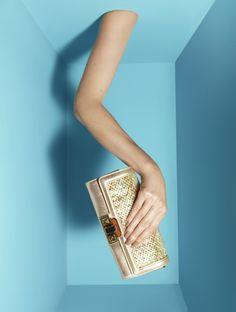 Missoni:talk to the bag, pinned by Ton van der Veer