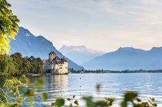Château de Chillon - Ausflugsziele Places In Switzerland, Reisen In Europa, Travel Around, Explore, Mountains, World, Nature, Fitness Workouts, Spaces