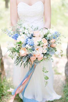 Top 10 Wedding Bouquets of 2015 | Mine Forever #Weddingbouquet #WeddingFlowers #Bouquet