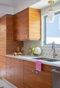 Modern Kitchen Cabinets, Modern Farmhouse Kitchens, Modern Kitchen Design, Home Kitchens, Kitchen Island, Kitchen Designs, Narrow Kitchen, Kitchen Sinks, Soapstone Kitchen