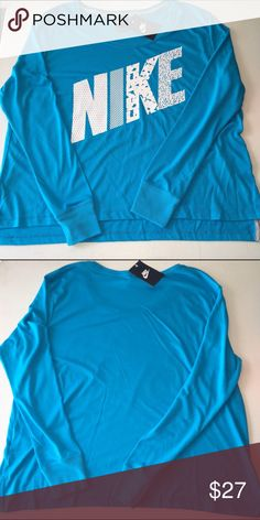 Nike long sleeve shirt NWT medium Nike long sleeve shirt NWT medium Nike Tops Tees - Long Sleeve