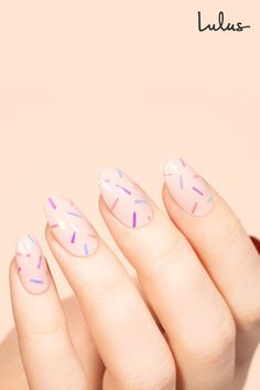 There& something undeniably fun about confetti nails! Check out our tutorial to see how easy it is to score the sweet look with holographic nail tape art. Pretty Nail Art, Cute Nail Art, Cute Nails, Nail Striping Tape, Nail Tape, Summer Acrylic Nails, Best Acrylic Nails, Diy Nails Tutorial, Acryl Nails