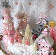 SaturdayFinds - Vintage-Inspired Gifts, Timeless Treasures and More!: Pink Christmas In My Shop
