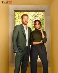 Fans joke 'were they desperate' as Meghan Markle & 'handbag' Prince Harry are named in Time's 100 influential list Prince Harry Et Meghan, Harry And Meghan, Prince Harry Bald, Prince Philip, Time Magazine, Sussex, Grey Office, Influential People, Casa Real