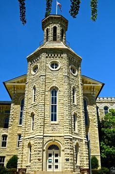 Blanchard Hall - Wheaton College -Wheaton IL Chicago Loop, Chicago City, Wheaton College, Interesting Buildings, Colleges, Illinois, Cities, University, Wanderlust