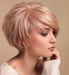 "Short Cropped Hairstyles for Fine Hair [ ""Layered Bob Haircuts 2015 - 2016 Bob Hairstyles 2015 - Short Hairstyles for Women"", ""Looking for a new fresh bob hairstyles? Here we have rounded Layered Bob Haircuts 2015 - 2016 for you to get inspirational ideas Blonde Bob Hairstyles, Haircuts For Fine Hair, Layered Bob Hairstyles, Cool Hairstyles, Cropped Hairstyles, Pixie Haircuts, Curly Hairstyle, Medium Hairstyles, Hairstyle Ideas"