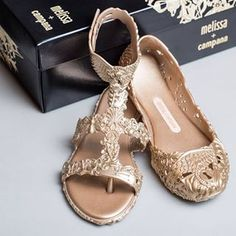 melissa campana barocca sandal - Cerca con Google Melissa Shoes, Free People, Sandals, Tees, Google, Casual, Fashion, Moda, Shoes Sandals