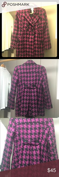 Candies woven houndstooth winter coat Never worn beautiful magenta and black houndstooth woven pea coat. Warm and cozy! Candie's Jackets & Coats Pea Coats