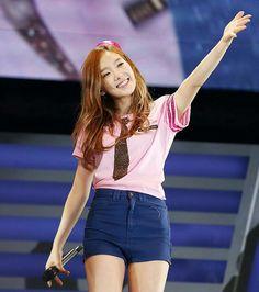 SNSD Taeyeon at Japanese Arena Tour 2013 #SNSD #Taeyeon