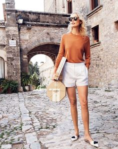 Chic flat mule shoes outfit