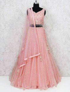 Party Wear Indian Dresses, Indian Wedding Gowns, Indian Gowns Dresses, Indian Bridal Fashion, Indian Fashion Dresses, Dress Indian Style, Indian Designer Outfits, Designer Dresses, Girls Dresses