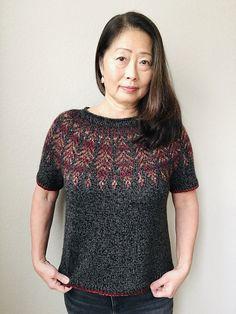 Ravelry: Brightfeather pattern by Jennifer Steingass Summer Knitting, Fair Isle Knitting, Knitting Yarn, Knitted Fabric, Knit Crochet, Chrochet, Sport Weight Yarn, Sweater Knitting Patterns, Stockinette