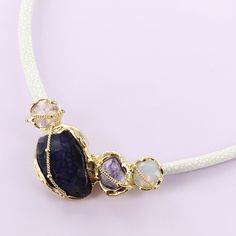 ✨AMATISTAS ✨  Ya conoces nuestra colección de accesorios de piedra natural??? Encuentra este collar y muchas opciones más en ➡️ www.pinkrevolver.com.mx #PinkRevolver  #shoponline