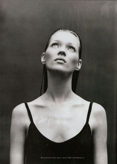 Kate Moss, 1993 by Patrick Demarchelier on Curiator, the world's biggest collaborative art collection. Vogue Fashion Photography, Outdoor Fashion Photography, Artistic Fashion Photography, Glamour Photography, Editorial Photography, Photography Women, Lifestyle Photography, Travel Photography, Patrick Demarchelier