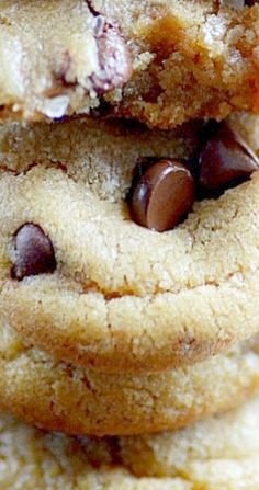 America's Test Kitchen Chocolate Chip Cookies - Something Swanky - veganfunnelcake Butter Chocolate Chip Cookies, Best Chocolate Chip Cookie, American Test Kitchen, Cookie Recipes, Dessert Recipes, Baking Recipes, Cooks Country Recipes, Biscuits, Smitten Kitchen