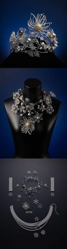"""Flowers of Dreams Tiara cu perle de cultură """"Flowers of Dreams"""" creată de firma…"""