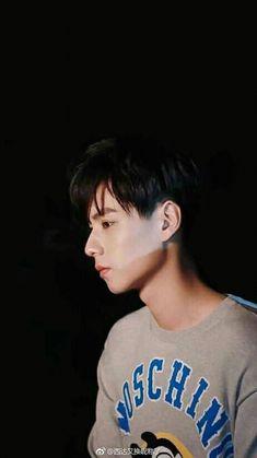 His jawline is freaking hot! Asian Actors, Korean Actors, A Love So Beautiful, Drama Korea, Chinese Boy, Man Crush, Asian Men, Handsome Boys, My Boyfriend