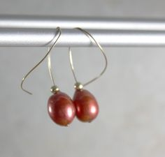 Tangerine Tango ... Simple, everyday earrings with hand-formed gold-filled ear wires.