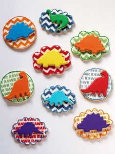 How to Make Simple Dinosaur Cookies -Sugar Cookies Decorated with Royal Icing | The Bearfoot Baker    Decorated Sugar Cookies | Sugar Cookies | Royal Icing | Dino Cookies | Dinosaur Cookies | Tutorial | Birthday Cookies | Cookies for Girls | Cookies for Boys | The Bearfoot Baker