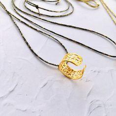 Minimal Pendants Swarovski Pendant, Jewelry Art, Washer Necklace, Minimal, Plating, Pendants, Hand Painted, Gold, Handmade