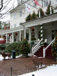 The Red Lion Inn, Stockbridge, MA. One of my favorite New England places to visit!! :-)