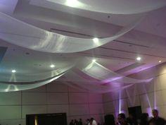 Renta de Equipo de Iluminación Profesional para lanzamientos, presentaciones, conferencias, conciertos y más.  www.sharkpro.com.mx