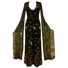 ❤ liked on Polyvore featuring dresses, gowns, medieval, vintage and pattern