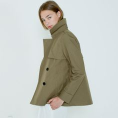 A great spring/summer trench for everyday commute. Looks instantly pulled-together!