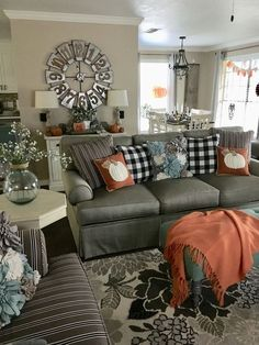 21 Warm And Cozy Farmhouse Style Living Room Decor Ideas - lmolnar 21 Warm And Cozy Farmhouse Style Living Room Decor Ideas - Home Design - lmolnar - Best Design and Decoration You Need Halloween Living Room, Fall Living Room, Cozy Living Rooms, Living Room Decor, Plaid Living Room, Rooms Ideas, Decor Inspiration, Decor Ideas, Decorating Ideas