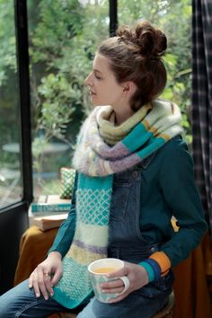 Une écharpe en laine pleine de rayures!