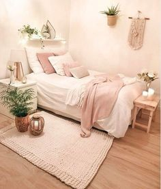 50 Best Bedroom Decor And Design Ideas With Farmhouse Style Minimalist Bedroom B. 50 Best Bedroom Decor And Design Ideas With Farmhouse Style Minimalist Bedroom Bedroom Decor Design Farmhouse Ideas Style Pink Bedroom Decor, Farmhouse Bedroom Decor, Room Ideas Bedroom, Bedroom Designs, Pink Bedrooms, Wood Bedroom, Bedroom Colors, Blush Bedroom, Bedroom Inspo