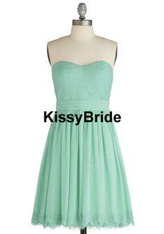 Wow ! mint bridesmaid dress ! so fresh ! i love it ! i want more !