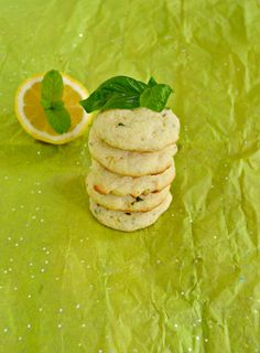 End the summer with these Lemon Basil Cookies with Mint