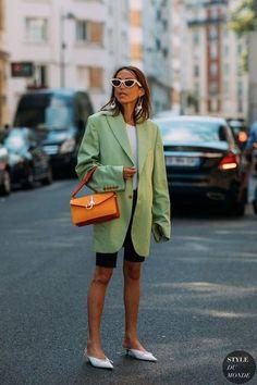 Ways to Style an Oversized Blazer - Street Style 😎 Street Looks, Look Street Style, Street Style Trends, Autumn Street Style, Summer Street, Outfits Inspiration, Inspiration Mode, Fashion Week, Look Fashion