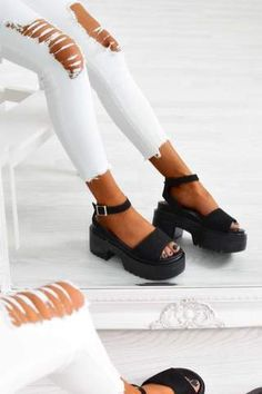 It Women& Black Chunky Platform Block Heel Sandals - Suede - Chunky Platform Sandals - Black Black Platform Sandals, Platform Block Heels, Black Sandals, Cute Shoes, Me Too Shoes, Sandals Outfit, Fashion Heels, Crazy Shoes, Strap Heels