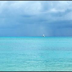 Heavenly Turquoise | Mauritius  omg....wow!im from mauritius :D