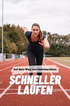 Schneller laufen mit ganz simplen, aber enorm effektiven Tipps! Ernährung, Trainingsplan, Regeneration - so wird euer Halbmarathon ein Erfolg! Enorm, Play Hard, Work Hard, Fitness, Sports, Running Half Marathons, Workout Schedule, Tips, Hs Sports