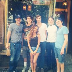 The cast of finding carter I never noticed how short vanessa morgan is Beautiful Boys, Beautiful People, Mtv Shows, Finding Carter, Vanessa Morgan, Movies And Series, Girl Meets World, Celebs, Celebrities