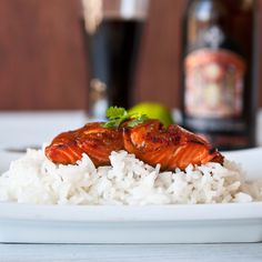 Maple Bourbon Beer Glazed Salmon from Dodd {Domestic Fits} Beer Recipes, Entree Recipes, Cooking Recipes, Healthy Recipes, Bourbon Recipes, Salmon Recipes, Fish Recipes, Seafood Recipes, Bourbon Glazed Salmon
