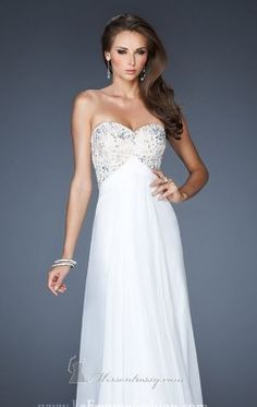 Shop La Femme evening gowns and prom dresses at Simply Dresses. Designer prom gowns, celebrity dresses, graduation and homecoming party dresses. Prom Dress 2014, Homecoming Dresses, Prom 2014, Pageant Dresses, Stunning Dresses, Pretty Dresses, Beautiful Gowns, Amazing Dresses, Evening Dresses