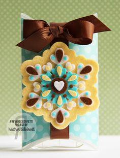 Reverse Confetti | Snowflake Pillow Box, Christmas, Felt, Polka Dots, Snowflakes, Yellow, Turquoise, Brown, White