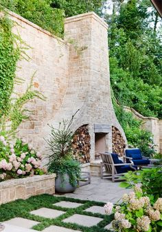 32 The Best Backyard Fireplace Design Ideas You Must Have - Having an outdoor space is a great part of owning a home. Backyards can be small and cosy or large and expansive, but no matter the size, making it in. Outdoor Fireplace Designs, Backyard Fireplace, Backyard Patio, Backyard Landscaping, Landscaping Ideas, Outdoor Fireplaces, Backyard Ideas, Fireplace Ideas, Patio Ideas