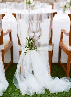 Intimate destination wedding in Tuscany: http://www.stylemepretty.com/2014/08/04/intimate-destination-wedding-in-tuscany/ | Photography: http://www.marisaholmesblog.com/