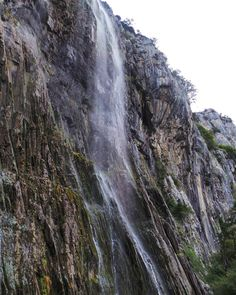 Cailagua: Cascada del Asón  #cailagua #cascada #cascadadelason #valledelason #ason #rioason #cantabriasan #cantabria #turismo #cantabriayturismo #cantabria_y_turismo #cantabriainfinita #cantabros #cantabricamente #cantabriaverde #cantabriarural #igerscantabria #paseucos #paseúcos #cantabriamola #igercantabria #igcantabria #fotocantabria #follow #picoftheday #instapic #fotodeldia #pasionporcantabria #naturalezacantabria #natura_cantabria Esta imagen tiene copyright